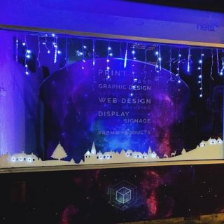 Be sure to check out our winter wonderland window display featuring our contour cut vinyl . . . #wimbledonbusinessstudio #wbs #wimbledon #windowdisplay #christmaswindow #vinyl #contourcutvinyl #installation #print #display